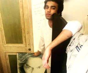 Free Photo: Irrfan Khan used to write notes on the walls of his son's room
