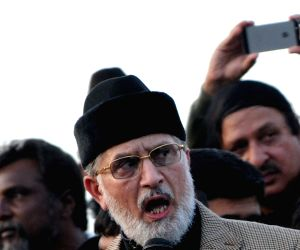 Anti-government cleric Tahir-ul-Qadri protest