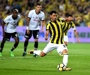 TURKEY-ISTANBUL-SOCCER-TURKISH SUPER LEAGUE-FENERBAHCE VS BESIKTAS