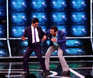 """It is a """"Bajrangi Bhaijaan"""" reunion moment of sorts and the fun factor is guaranteed to provide the right """"Kick"""" to fans. Actor Nawazuddin Siddiqui joins superstar Salman Khan on the set of """"Bigg Boss 13"""" in the Weekend ka Vaar episode on October 13."""
