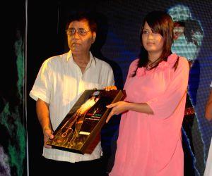 Jagjit Singh at Shruti Mehrotra's album launch at D Ultimate.