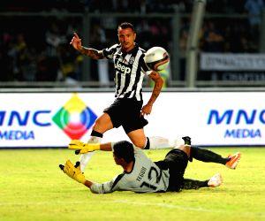 Juventus v/s ISL All-Stars
