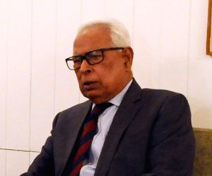 Vohra reviews arrangements for Amarnath Yatra