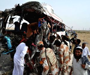 PAKISTAN-JAMSHORO-ROAD ACCIDENT