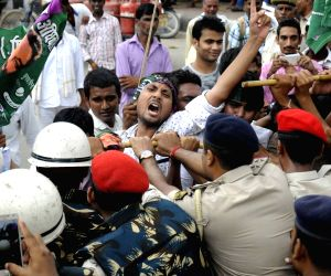 Jan Adhikar Party's demonstration against the police lathicharge on dalit students