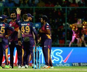 Jaydev Unadkat celebrates the wicket of Shreyas Iyer