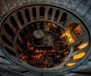 MIDEAST JERUSALEM ORTHODOX CHRISTIANITY HOLY FIRE CEREMONY