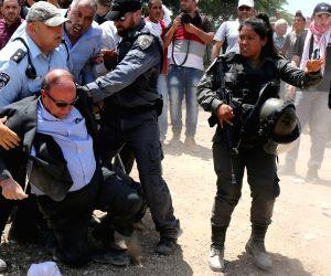 MIDEAST EAST JERUSALEM BEDOUIN VILLAGE PROTEST