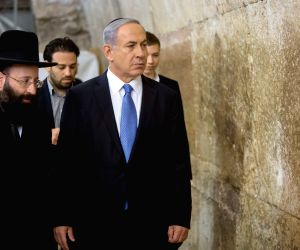 MIDEAST JERUSALEM ISRAEL NETANYAHU REELECTION WESTERN WALL VISIT