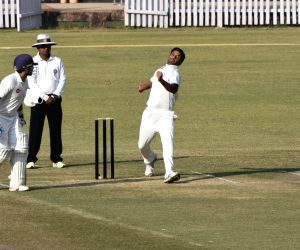 Ranji Trophy - Jharkhand Vs Gujrat - Day 1