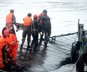 CHINA HUBEI JIANLI SINKING SHIP RESCUE