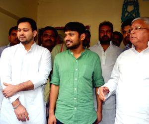 Kanhaiya Kumar calls on Lalu Prasad Yadav