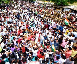 Job aspirants' demonstration