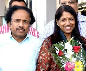 Kavita Krishnamurthy arrives at Jodhpur Airport