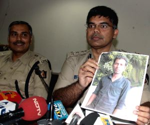 Press conference regarding arrest of Chhota Rajan