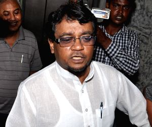 Trinamool MP appears for questioning in Saradha scam