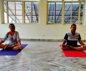 Kangana Ranaut reveals how she inspired her family to start yoga.