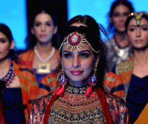 Karachi (Pakistan): Pakistan Fashion Week