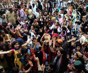 Karachi (Pakistan): Sindh Cultural Day in Karachi