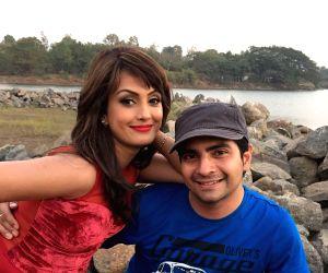 Karan Mehra desires to direct wife 'again and again'