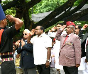 Kargil Vijay Diwas - Karnataka CM, Dy CM pay homage to martyrs
