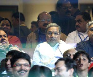 IPL 2016 - Royal Challengers Bangalore vs Sunrisers Hyderabad
