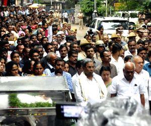 Gauri Lankesh - funeral procession