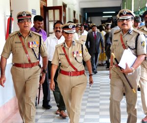 Karnataka police chief Neelmani N Raju meets CM Kumaraswamy