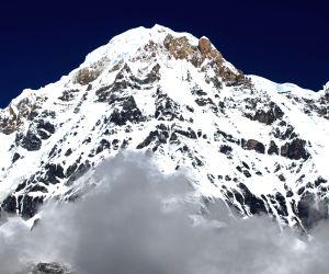 NEPAL KASKI MOUNT