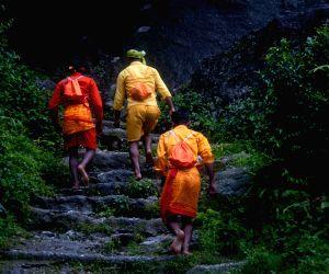 Bol Bom pilgrimage at Sudarijaal