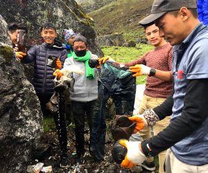 NEPAL-KATHMANDU-TOURISM-LANTANG REGION-CLEANING CAMPAIGN