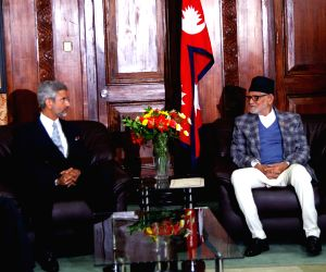 Kathmandu (Nepal): Foreign Secretary meets Nepal PM