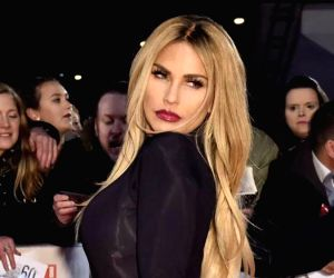 Katie Price checks into rehab