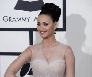 I am not single: Katy Perry