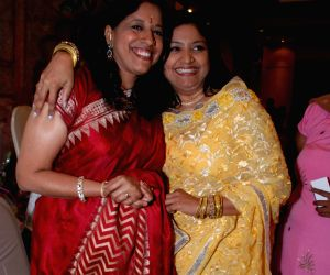 Kavita Krishnamurthy and Ravindra Jain Launches Ritu Johri's Album Bengangi at Hotel Sea Princess.