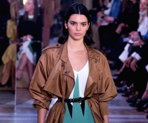 Kendall Jenner mocks sister Kylie's inflated lips
