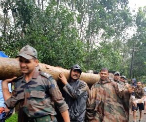 Centre mobilises rescue operations in Kerala