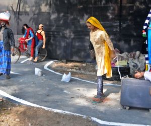 Puja Committee comes up with Durga Puja pandal on the theme of migrant laborers
