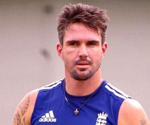Cricketing legend Kevin Pietersen bats for rhino conservation