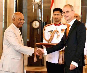 Netherlands Ambassador presents his credentials to President Kovind