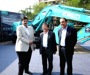 KOBELCO's launches Gen10 - Excavator