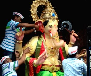 Ganesh idols start rolling out of workshops