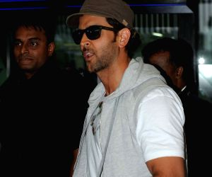 Hrithik Roshan at Kolkata Airport