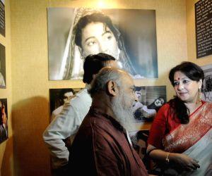 Photo exhibition on actress Suchitra Sen