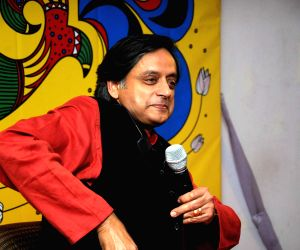 Shashi Tharoor at the launch of his book 'India Shastra' during Kolkata Literary Festival 2015