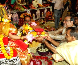 Thousands witness Kumari puja at Belur Math on Mahashtmi