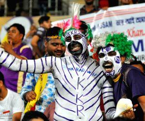 Mumbai opt to bowl first against KKR