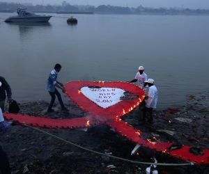 People observe World AIDS Day