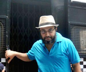 Kunal Ghosh produced in a Kolkata Court