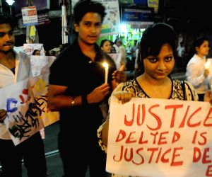 Anti-ragging demonstration in Kolkata